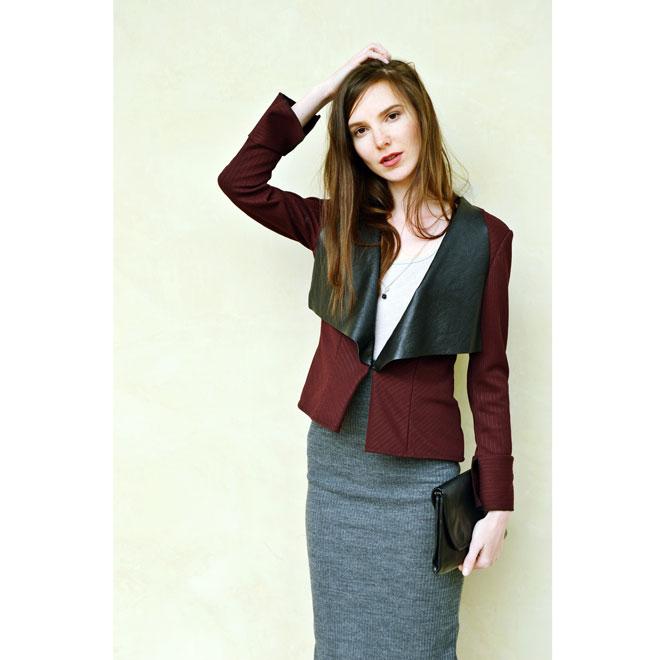Multifunkční tmavě červené sako