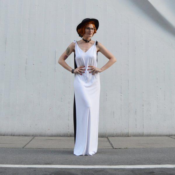 Dlhé čiernobiele multifunkčné šaty od česko slovenskej návrhárky