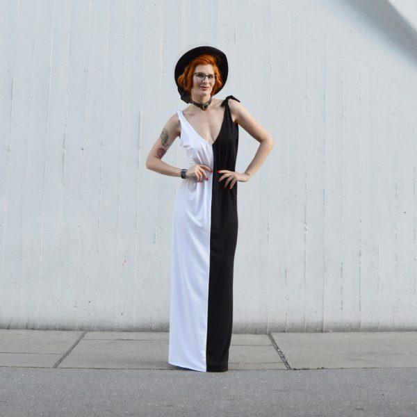 Univerzální černobíle společenské šaty.