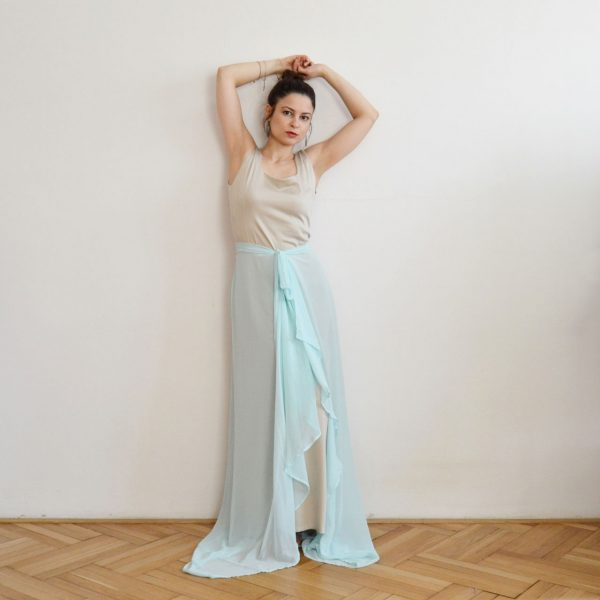 Nebesky modré plesové boho šaty