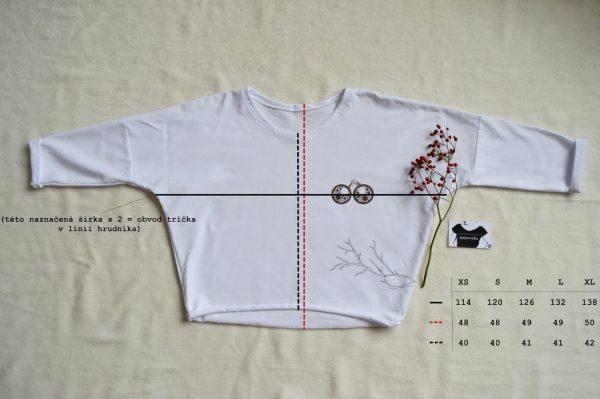 Bílé podzimní slow fashion tričko