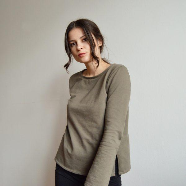 Minimalistické basic tričko s dlhým rukávom