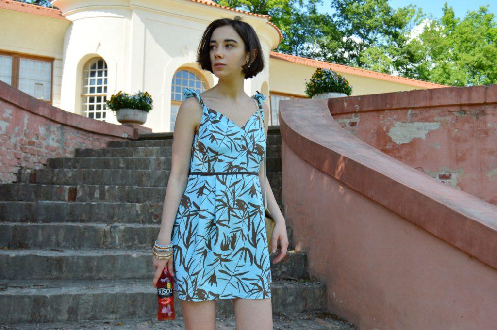 Letné tyrkysové šaty od slovenskej návrhárky