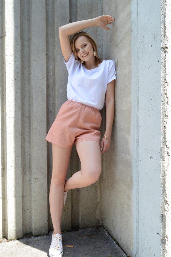 Lososově růžové krátké kalhoty Praha