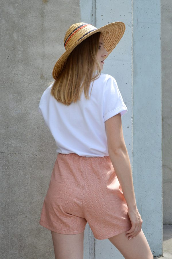 Elegantné ružové slow fashion kraťasy