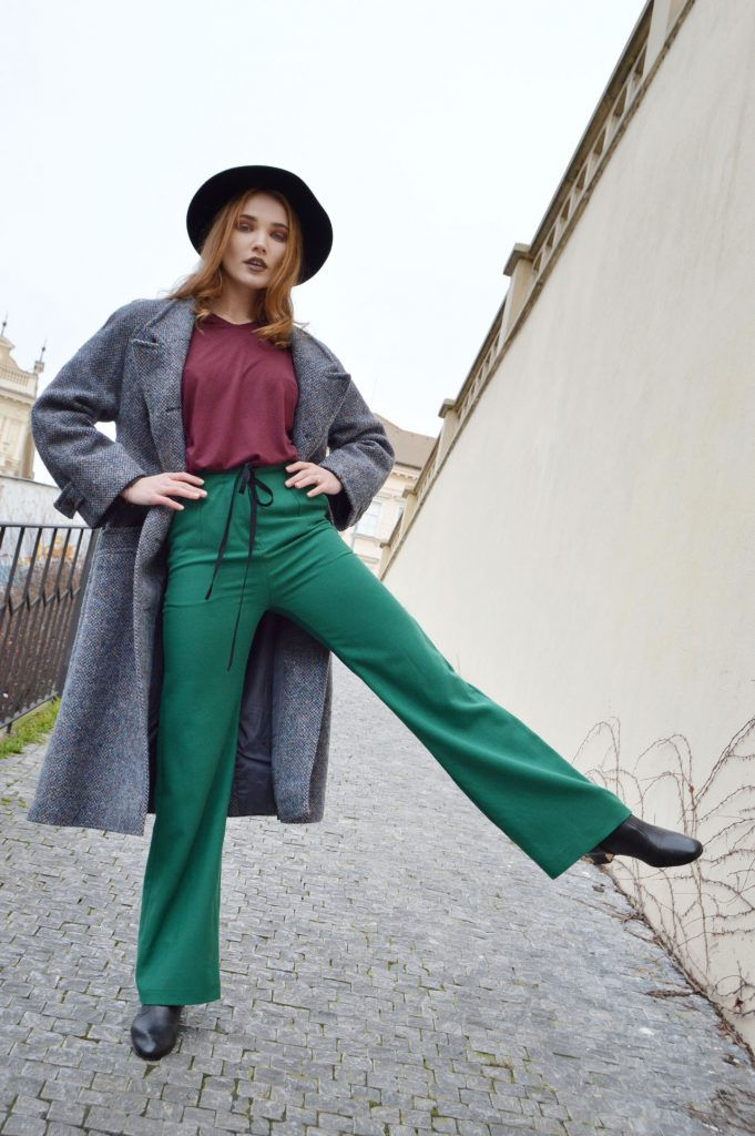 Modrý recyklovaný slow fashion kabát