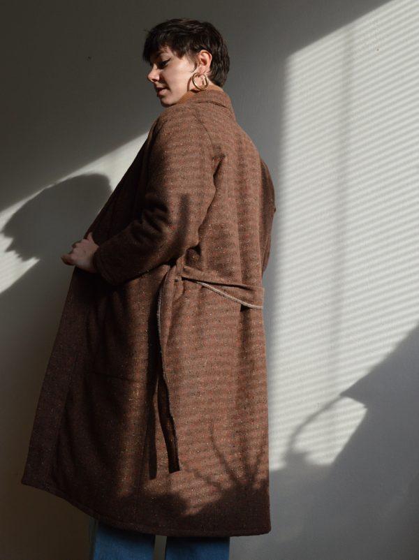 Brown slow fashion coat Prague