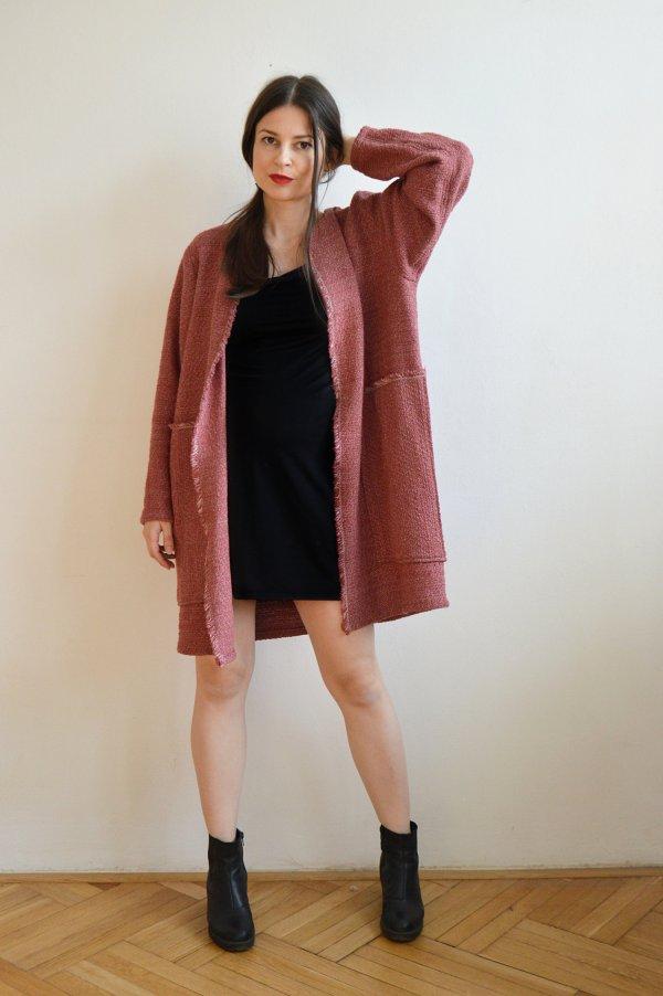 Štýlový bordový slow fashion kabát