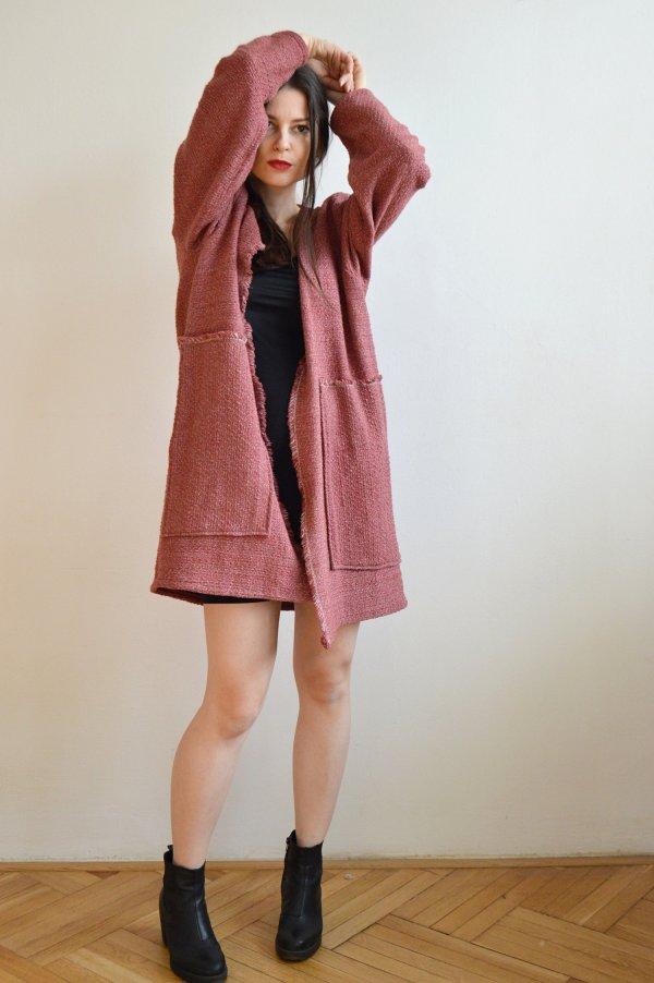 Ľahký malinový jarný kabát