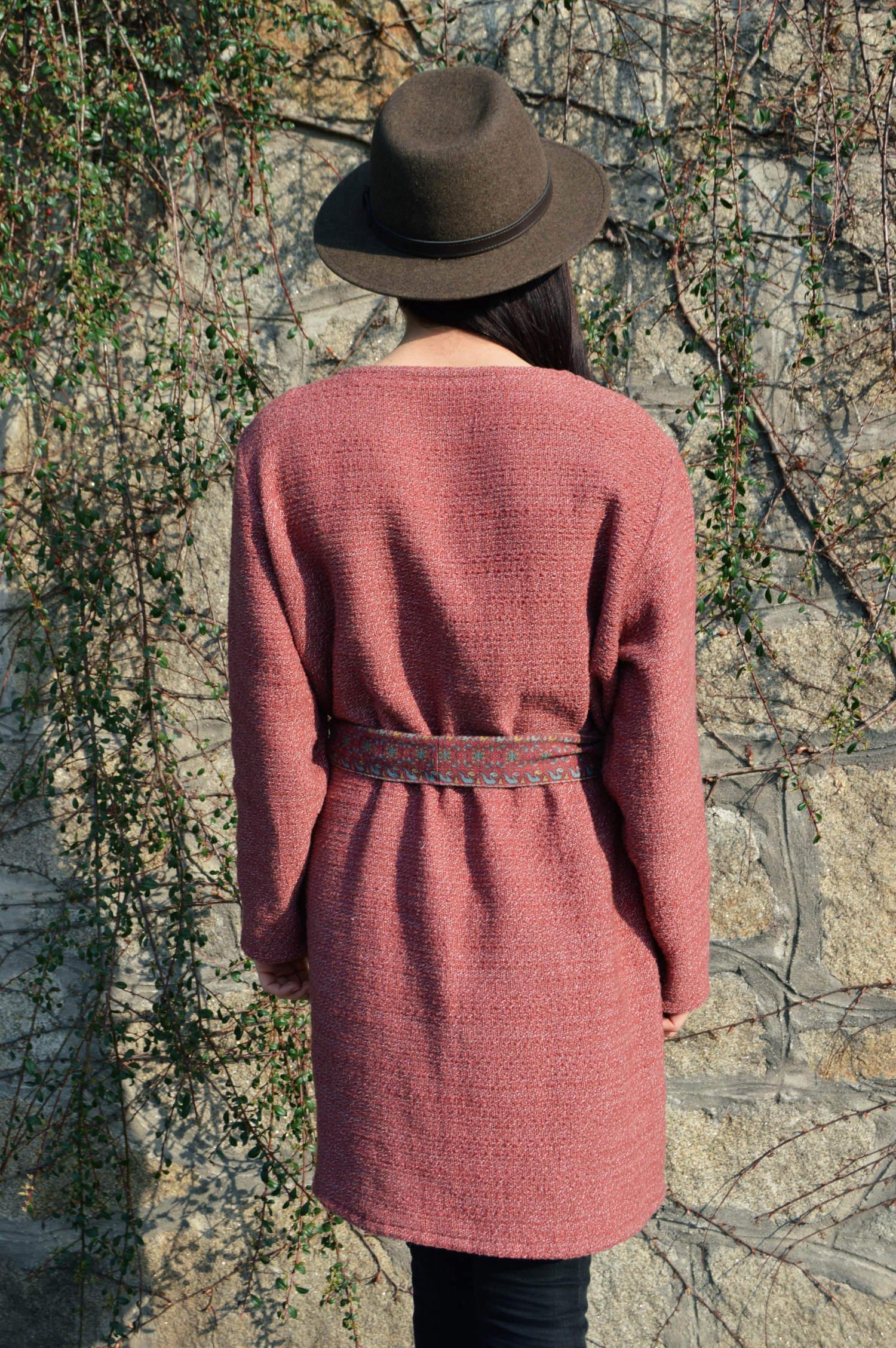 Malinovo ružový kabát