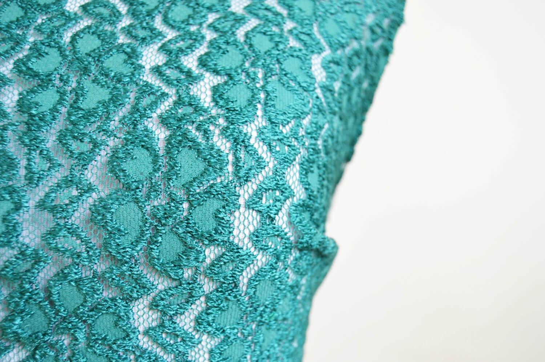 Zelený čipkovaný handmade top